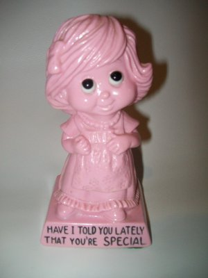 Wallace Berrie & Co. 1973 Figurine/statue Vintage RARE PINK