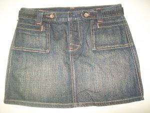 Ralph Lauren Skirt sz 6 Like new condition