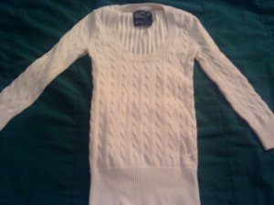 AMERICAN EAGLE OUTFITTERS AE JUNIORS XS WHITE CABLE KNIT SWEATER 3/4 SLEEVES