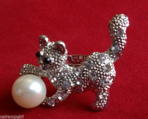Silver Kitten Cat Cocktail Ring adjustable band off white pearl clear stones
