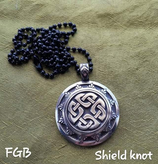 Shield Knot pendants