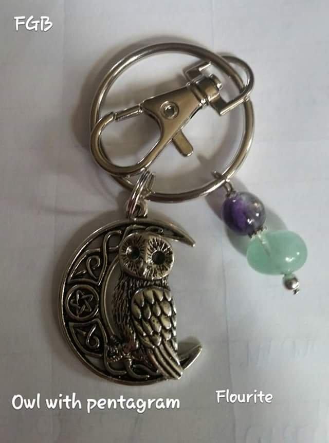 Flourite owl keychain