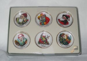 Shackman Miniature Porcelain Collectible Christmas Plates