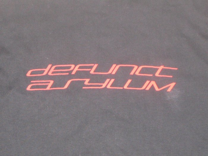 "Defunct Asylum T-shirts ""Black-Red"""
