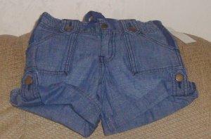 NEW size 4 GAP jean shorts