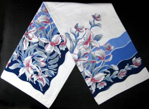 Vintage Linen Blue and Pink Floral Print Tablecloth-52� x 90�