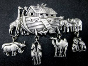 Vintage Signed J.J. Noah�s Ark Animal Charm Pin/Brooch