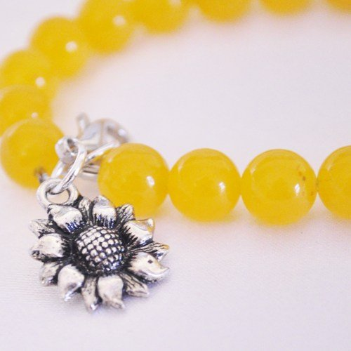 Sunflower charm bracelet from yellow jade
