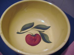 Watt Pottery Oven Ware Apple Bowl No. 73
