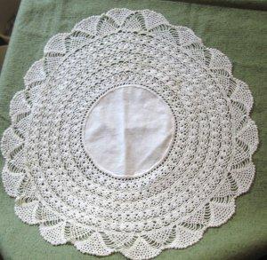 "Vintage Hand Crocheted Edge Linen Centerpiece 18"" white Doily"