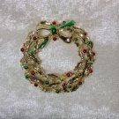 Christmas wreath vintage pin brooch gold tone painted berries