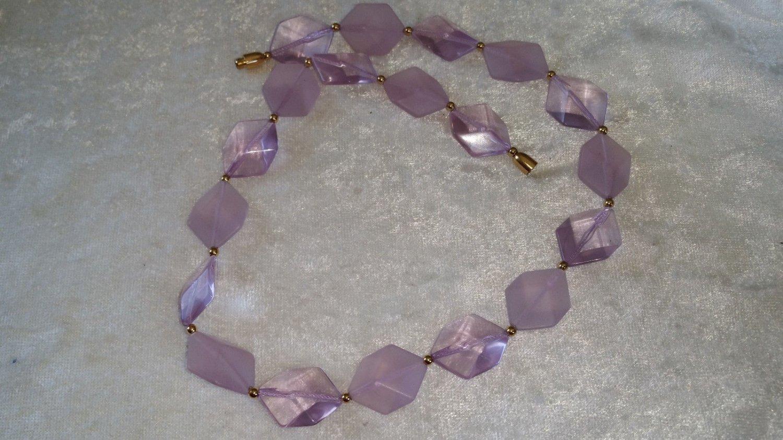 Lucite plastic vintage groovy necklace purple cube 3d different