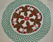 Christmas Gingerbread Boy & Girl Doily Pattern