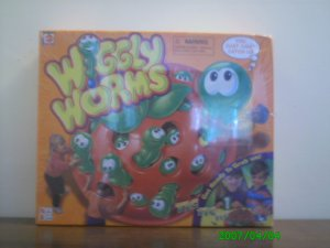 Mattel - Wiggly Worms, Get Ready to Grab Them