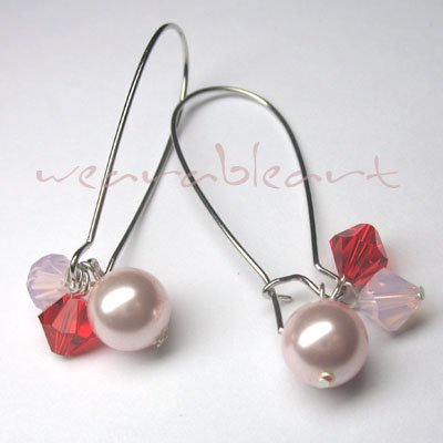 Beadalicia ~ Swarovski Crystals & Pearl Earrings