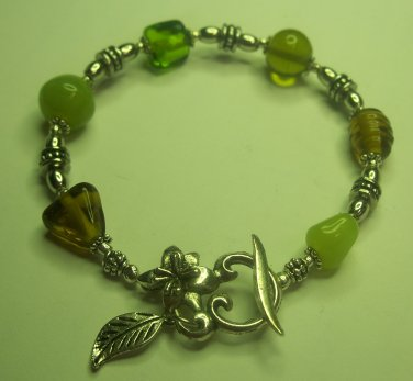 Green Glass Bead Tibetan Silver Bracelet