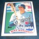 Topps 1988  **MIKE MARSHALL** BASEBALL CARD #582