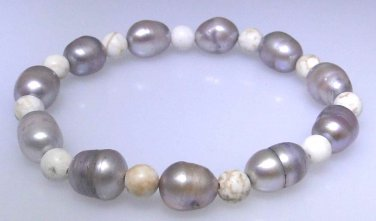 Natural gray freshwater pearl and Howlite elastic bead bracelet