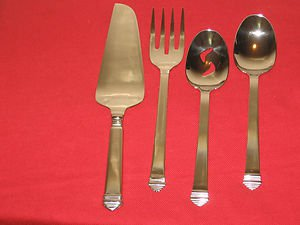 "TOWLE SILVERSMITHS  ""COLONNADE"" STAINLESS  18/8 4PC.HOSTESS SET,MADE IN KOREA."