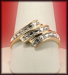 10K GOLD , 1/4 CARAT DIAMOND RING