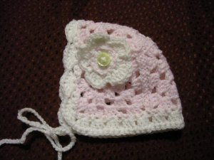 Pink &amp; White Crochet Baby Girl Newborn Bonnet with Flower