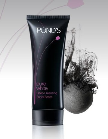 Pond's Pure White Deep Cleansing Facial Foam With Activated Carbon
