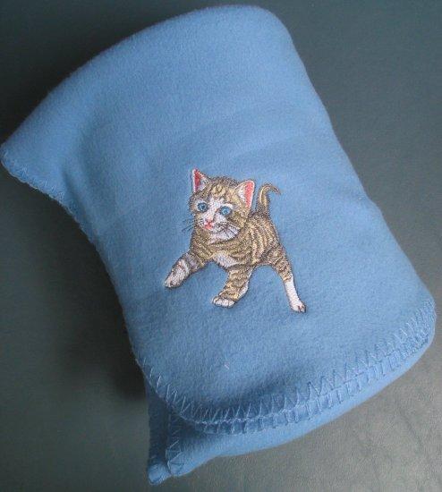 Polyester Tiger Stripe  Kitten Cat Fleece Throw