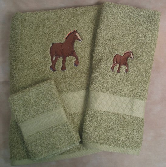 Embroidered Draft Horse Sage Green Bath Towels Set