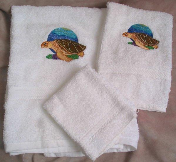 Embroidered Sea Turtle on White Wash Hand Bath Towels Set