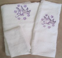Embroidered Variegated Butterfly on White Wash Hand Bath Towel Set