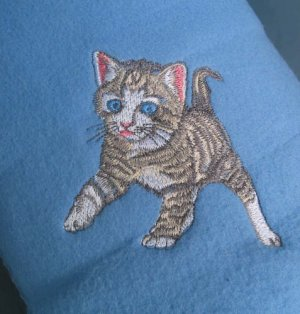 Polyester Tiger Stripe Kitten Blue Throw Blanket