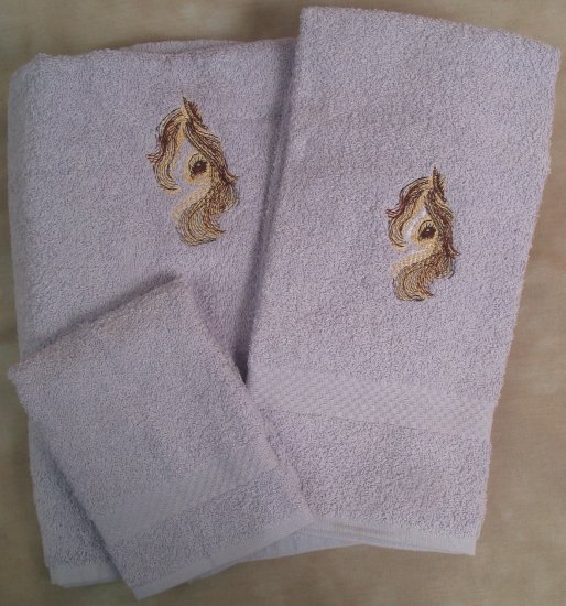 Embroidered Horse Head Purple Bath Towels Set