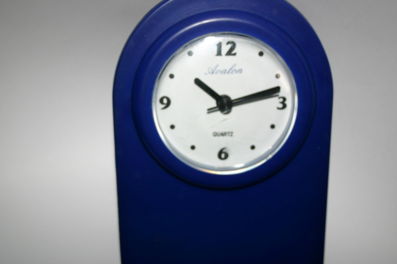 Abstract Art Avalon Quartz Clock Brand New