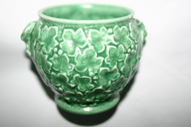 Antique Vintage SylvaC Pottery Vase 2046