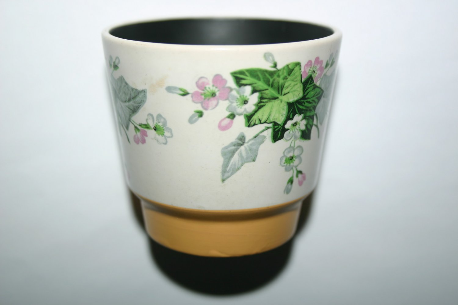 Vintage Wade Tumbler Cuo With Inital H Mark and Black Interior