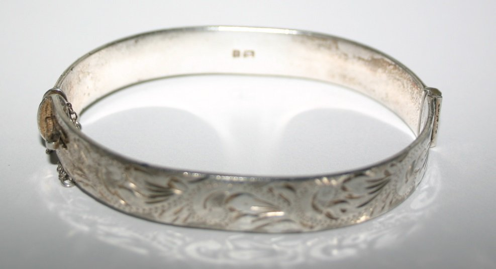Silver Hallmarked Bracelet Date Letter P (1964)