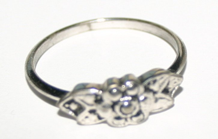 Vintage Silver Ladies Costume Jewellery Floral Design Ring