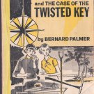 VINTAGE BOOK Felicia Cartright and The Case of the Twisted Key