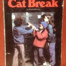 Cat Break - Elizabeth Levy - Norma Holt - 1976 - Vintage Kids Book