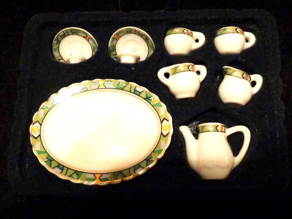 Doll House Miniature Tea Set and Miniature 2 Bowls  Both in Original Boxes