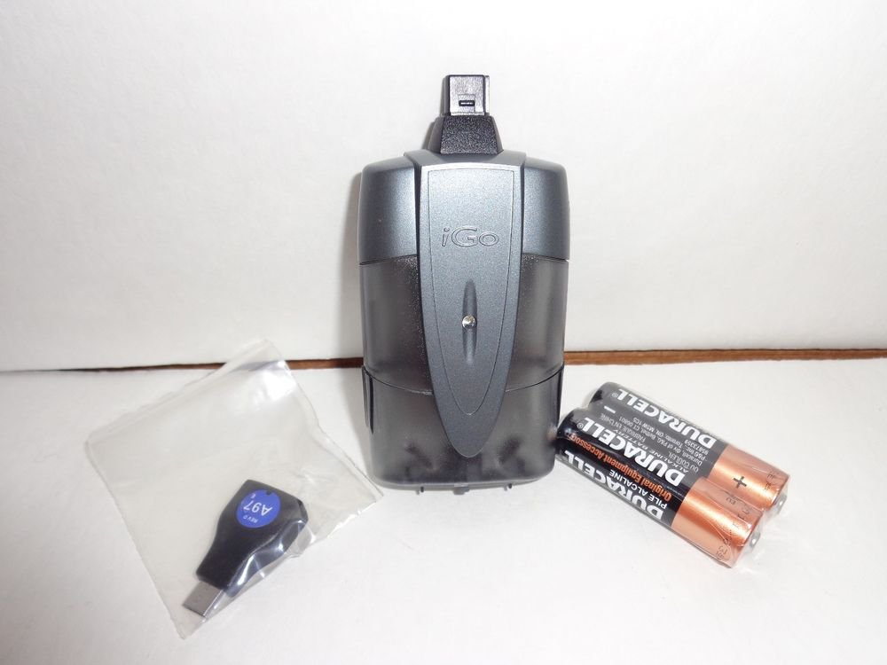 emergency charger/battery powered/by iGo/Free batteries and multiple charge tips