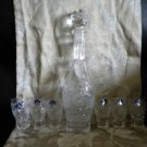 EXQUISITE RUSSIAN ETCHED CRYSTAL DECANTER WITH 6 MATCHING SHOT GLASSES