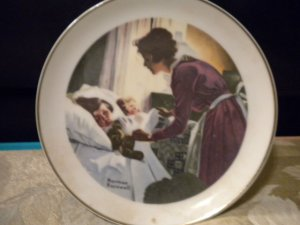 "NORMAN ROCKWELL'S ""MOTHER LOVE"" COLLECTORS PLATE*******6"""