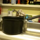 PAMPERED CHEF@@ 3 QT COVERED SAUCEPAN...GREAT CONDITION
