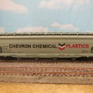 HO SCALE ATHEARN BUILT UP CENTER FLOW HOPPER CHEVRON CHEMICAL PLASTICS