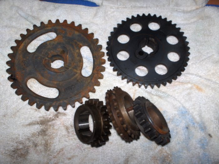 VOLVO PENTA     TIMING GEARS LOT