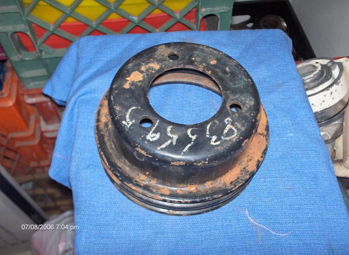 volvo penta crankshaft pulley 835595  AQ190A-76
