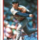 1989 Topps 746 G.Gonzalez UER/Wrong birthdate