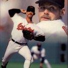 1993 Flair #155 Gregg Olson