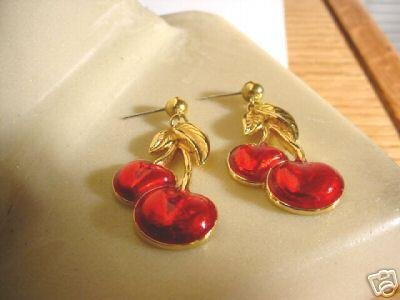 AVON CHERRY CONVERTIBLE PIERCED EARRINGS